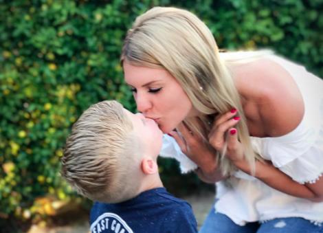 Amélie Neten : sa belle déclaration à son fils Hugo pour sa rentrée en CP !