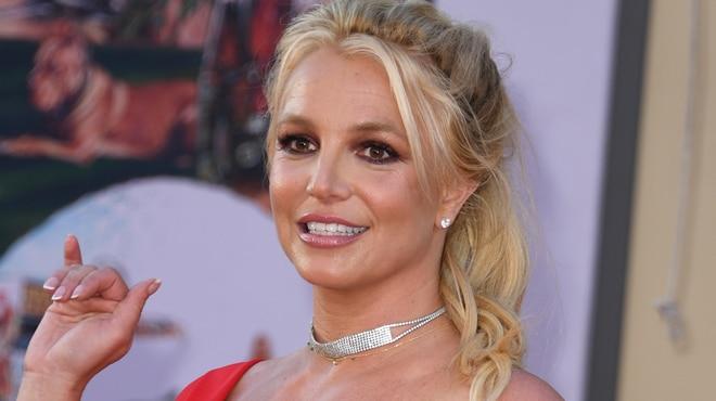 Britney Spears dévoile sa 1ère paire de Louboutin et se fait tacler sévèrement