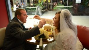 mcdonalds-il-est-desormais-possible-de-se-marier-dans-certains-restaurants