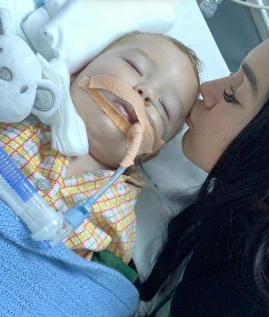 Jazz : Cayden son fils a failli se noyé, elle le montre pour la première fois