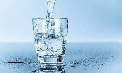 L'eau n'hydrate pas !