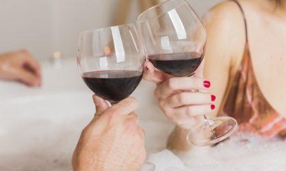 Boire un verre de temps en temps est bon pour la santé !