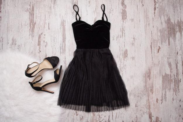 Choisissez votre petite robe noire en fonction de votre signe astro