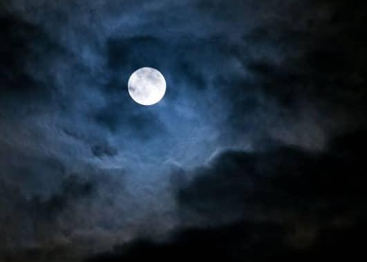 Les effets de la pleine lune sur votre personnalité