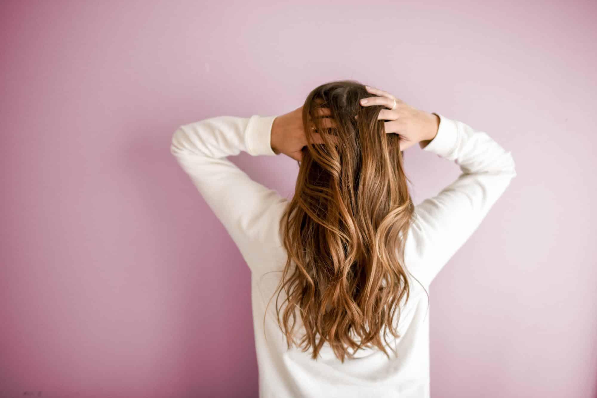 Faites votre propre masque naturel pour hydrater vos cheveux