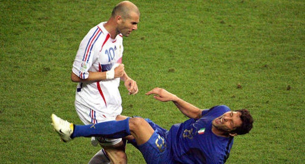 Ce que Materazzi a vraiment dit à Zidane avant de subir le célèbre coup de boule en 2006