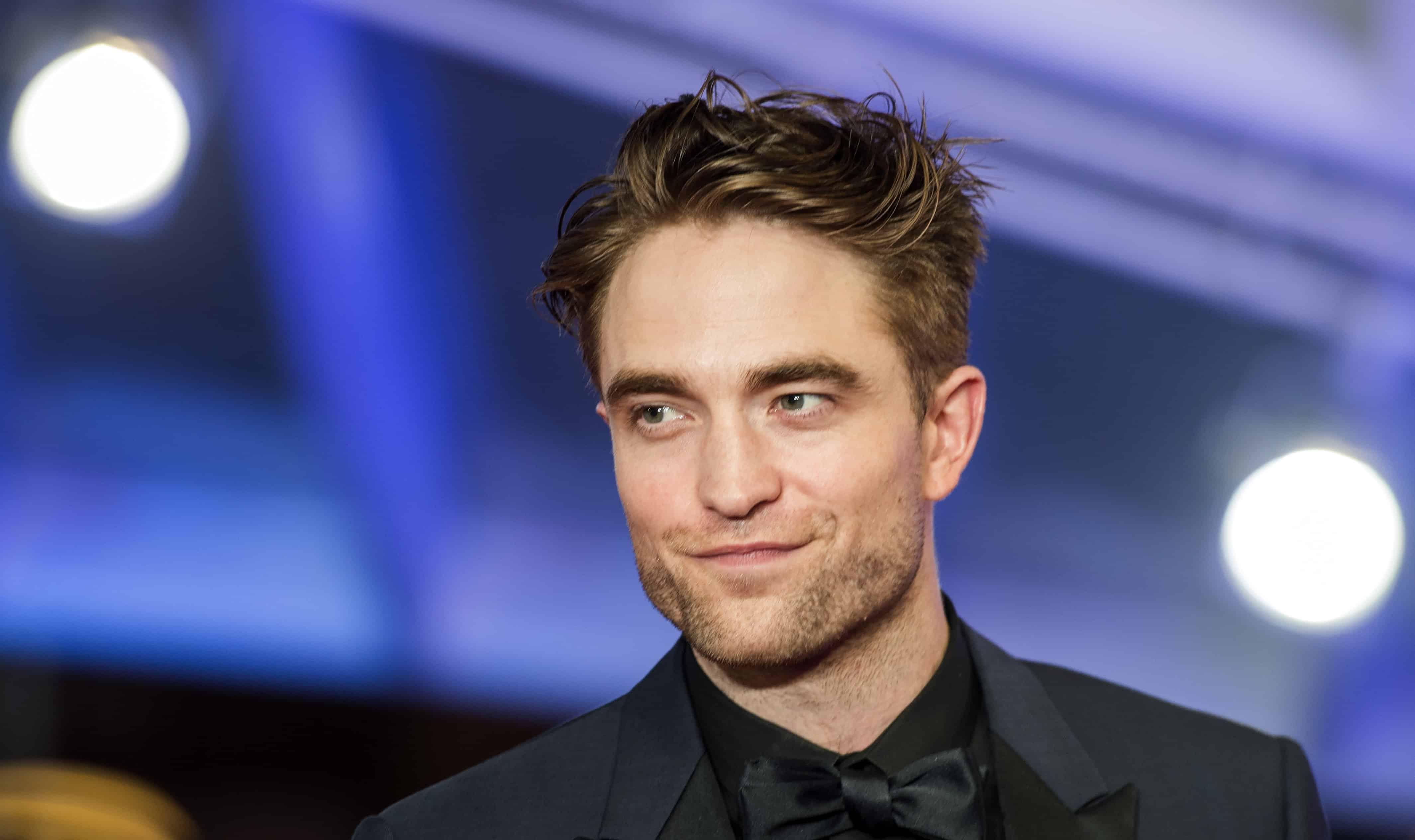 Robert Pattinson (Twilight) : pourquoi l'acteur est confiné à des milliers de kilomètres de chez lui