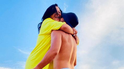 Sarah Fraisou : son chéri Ahmed accusé de rester en couple avec pour son argent, elle prend la parole