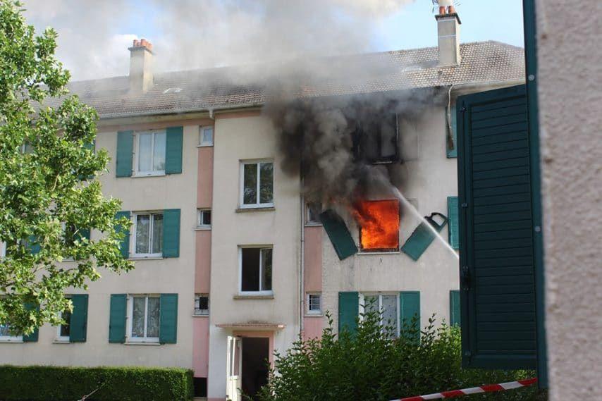 Creil : des jeunes sauvent la vie de 2 enfants et d'une mamie des flammes