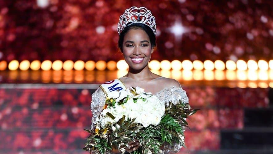 Miss France 2020 : Clémence Botino sauvée d'un incendie mortel à Paris