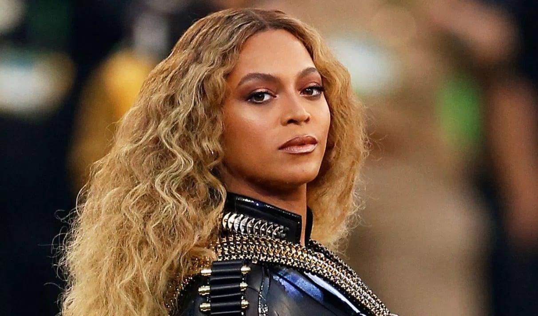 Beyoncé : culte satanique, fausse identité... Un homme politique s'en prend à elle et l'accuse