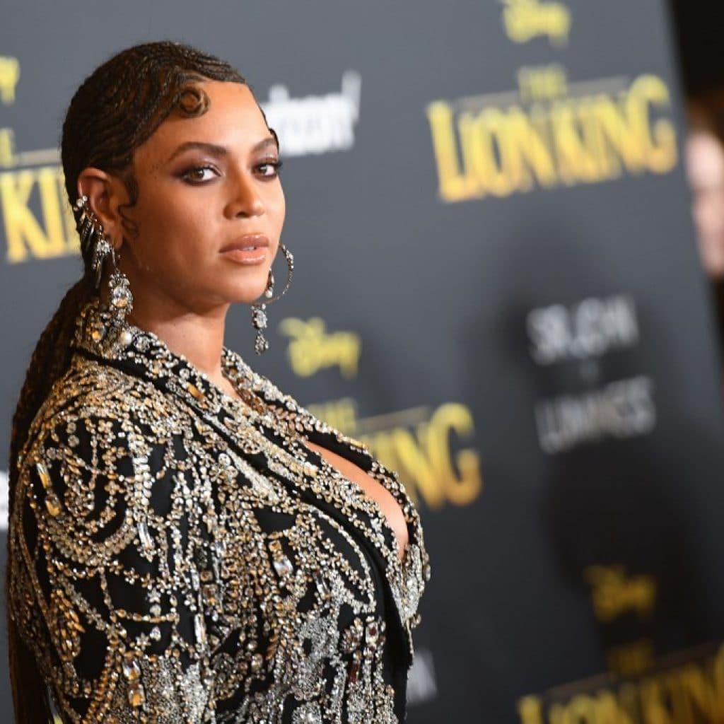 """Beyoncé : son nouveau film """"Black is King"""" jugé un peu trop raciste sur les réseaux"""
