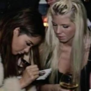 Jessica fan de Nabilla : une photo où elle lui demande un autographe refait surface