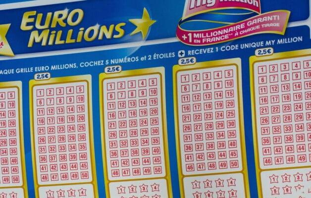 Euromillions : après avoir remporté 187 millions d'euros, sa famille tente de l'escroquer