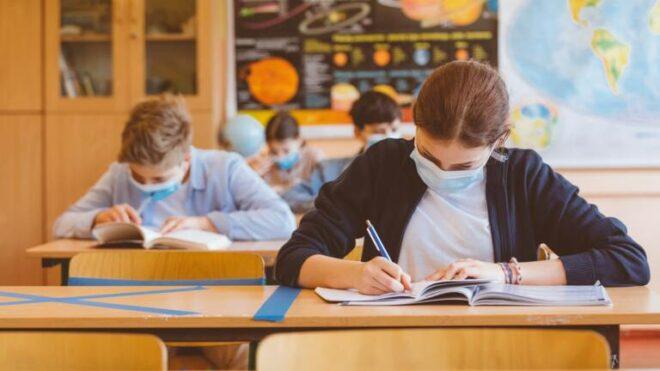 Covid-19 : collèges, lycées, bientôt fermés pour 1 mois ? Les déclarations qui veulent tout dire !