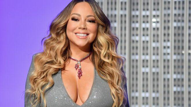 Mariah Carey vaccinée contre le Covid-19 : la star fait face à un étonnant effet secondaire